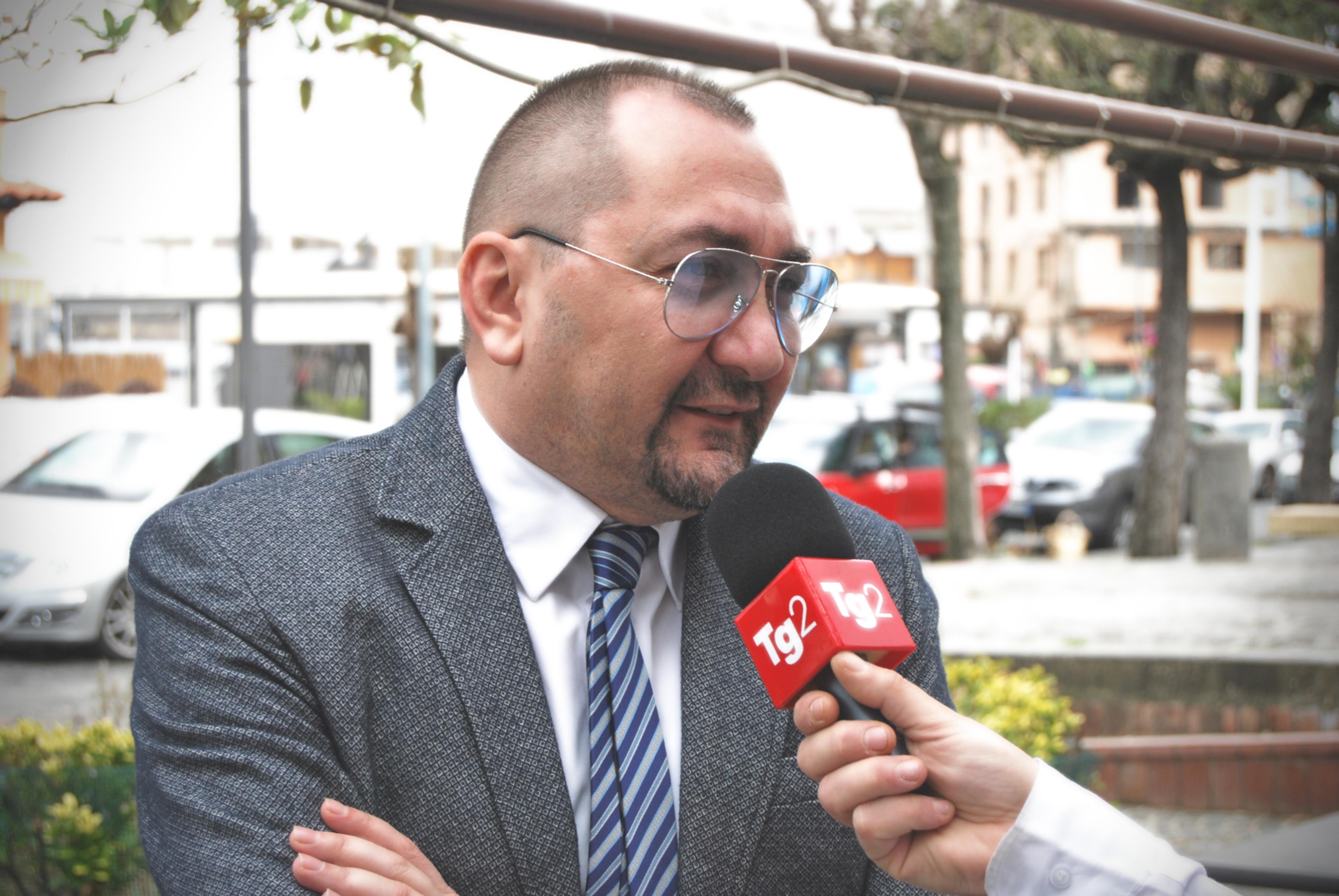 L'avvocato Alexandro Maria Tirelli intervistato al TG2 RAI