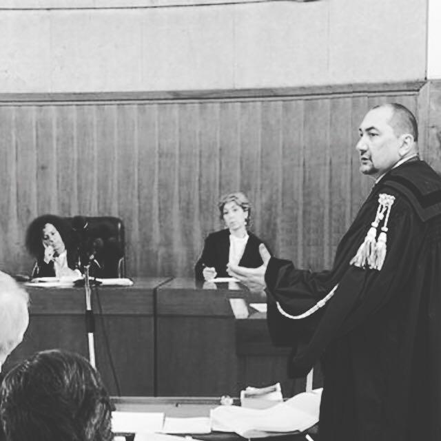 L'avvocato Alexandro Maria Tirelli in un noto processo per traffico di stupefacenti a Roma