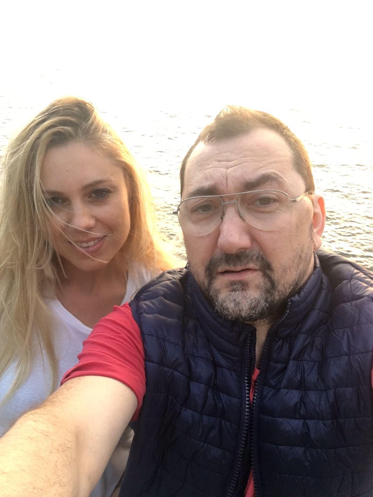 avvocato Alexandro Maria Tirelli con la sua amata compagna Patrycja Sliwka